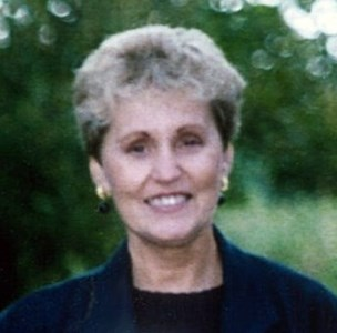 Donna M  Bowling
