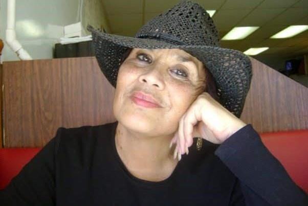 Annette De Moya  Ortiz