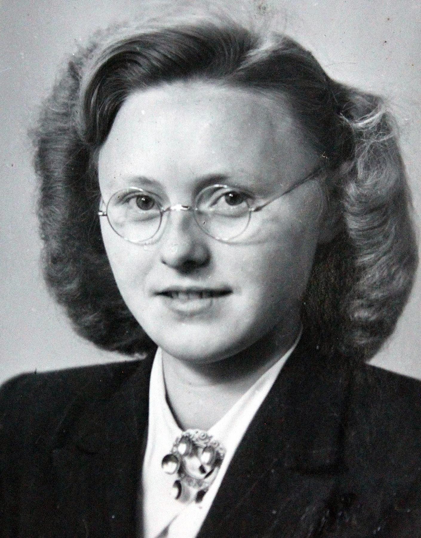 Inga H  Hoyer