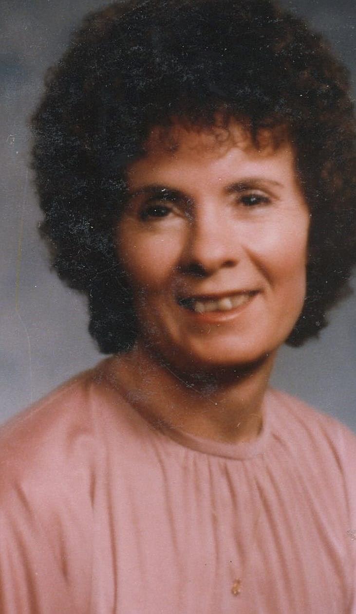 Dolores  Salazar