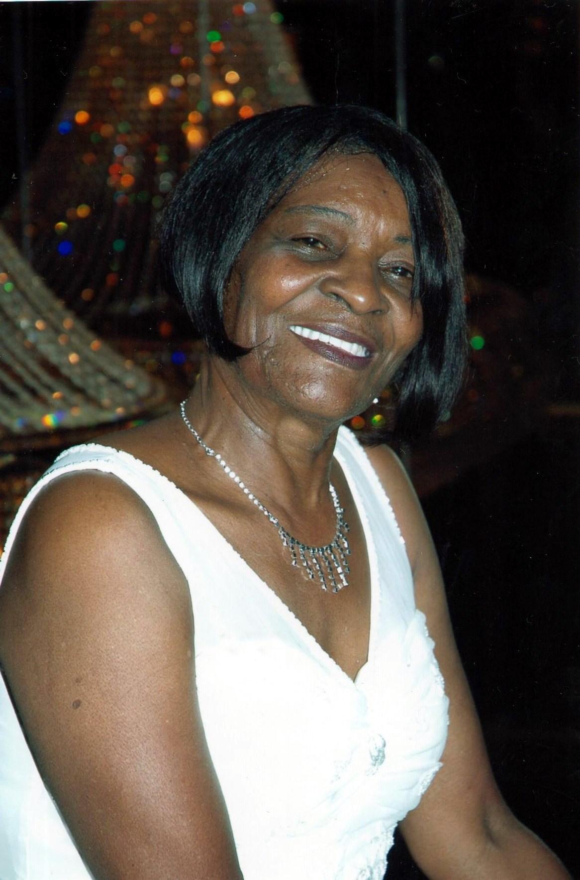 Edna  Rogers