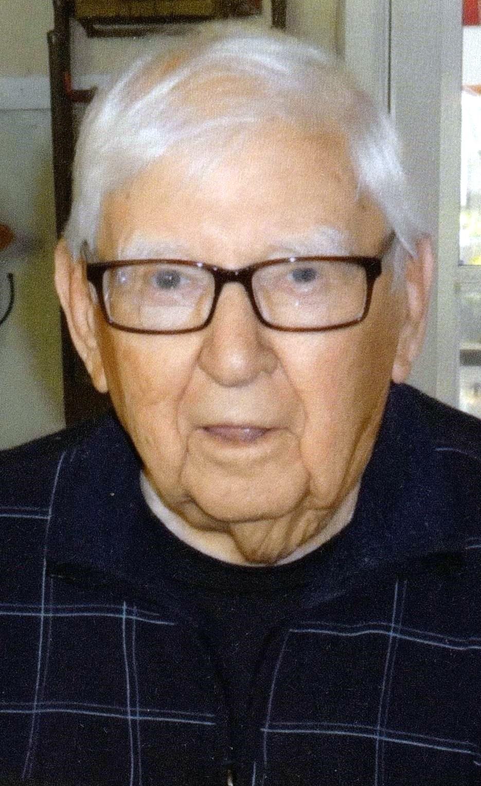 Leonard T.  Gorecki
