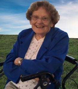 Mary Lou Gwendolyn  Garrett