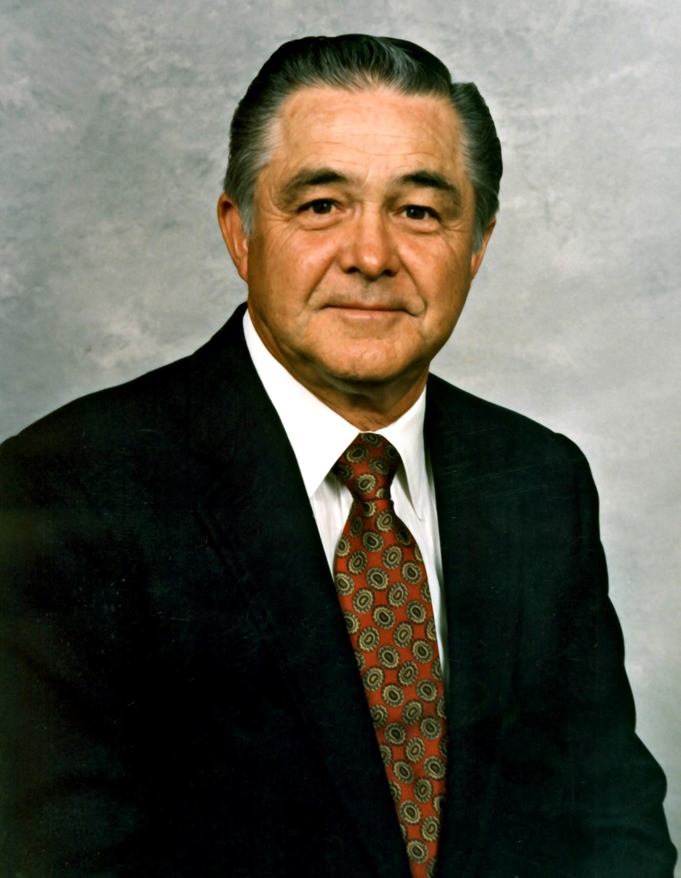 Dr. John Paul  Arnold