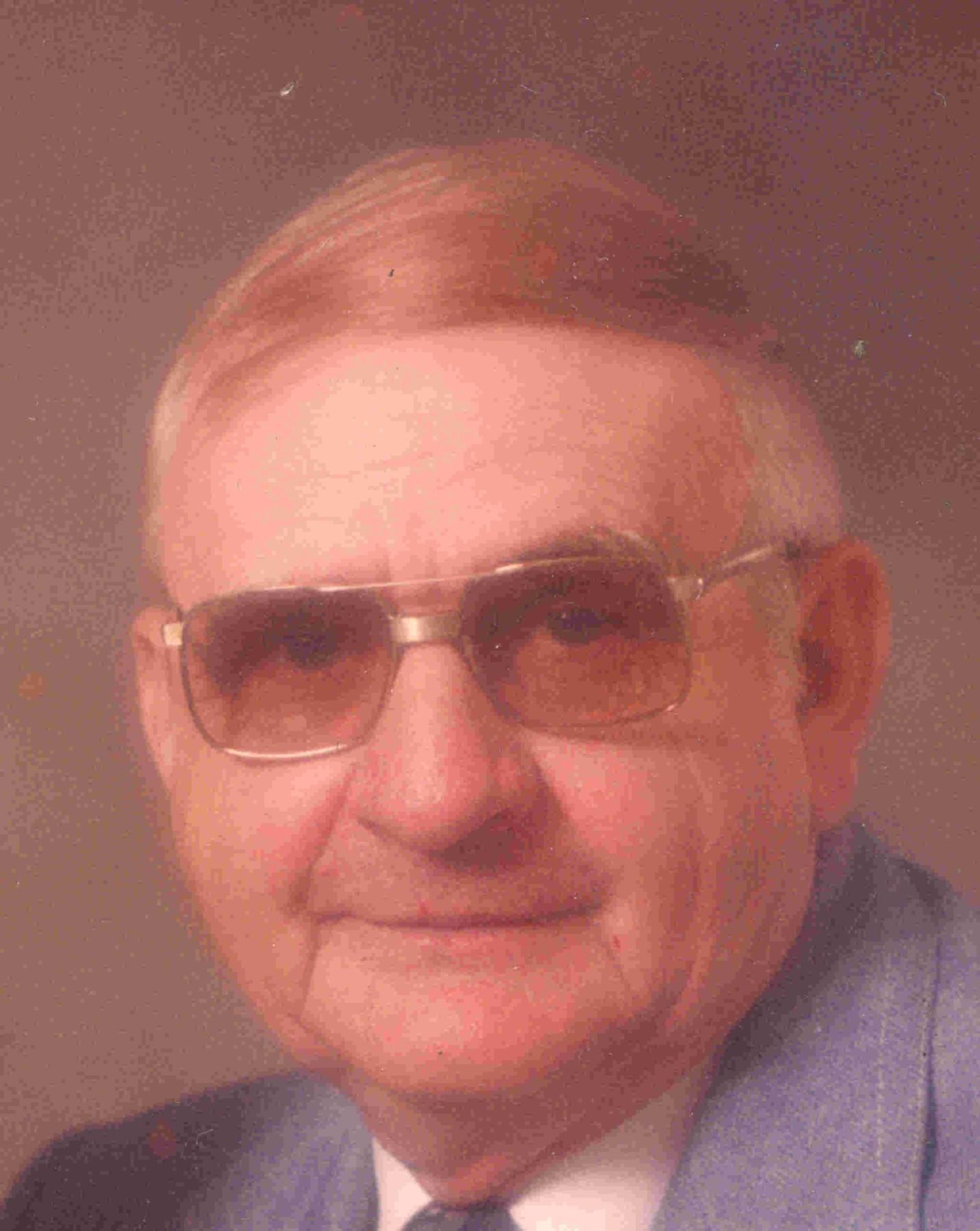 Obituary Hilbert Smith