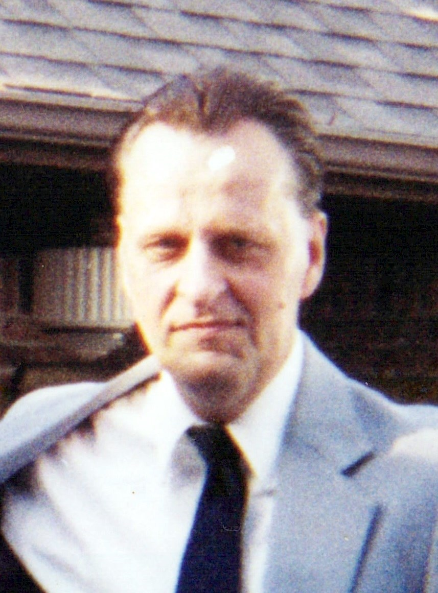 Eugene Robert  Kenjura