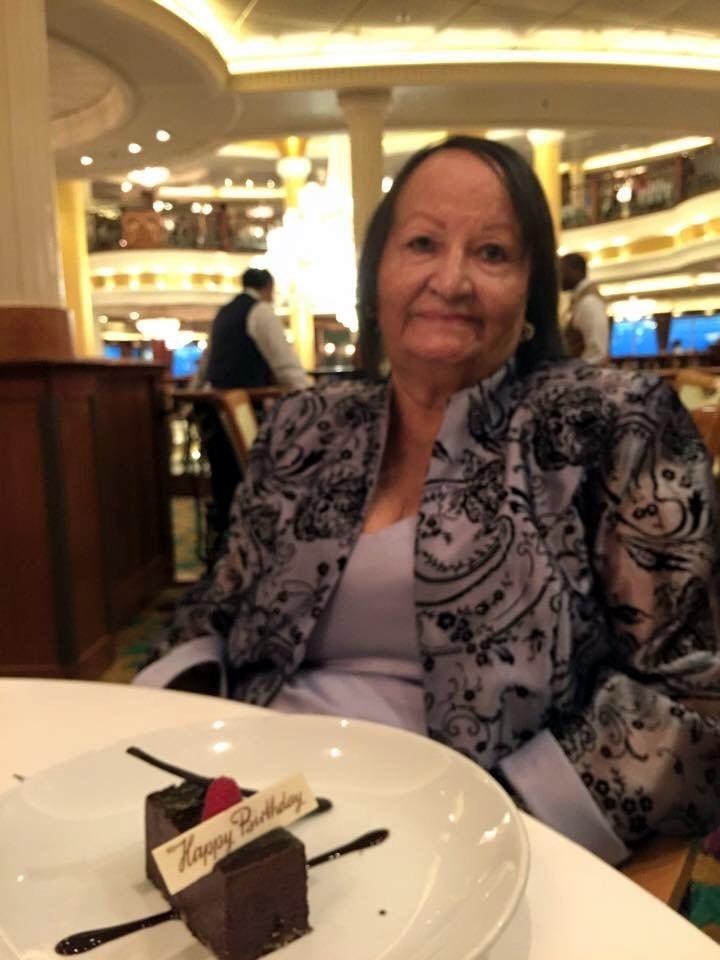 Sra. Carmen  Vélez Alamo