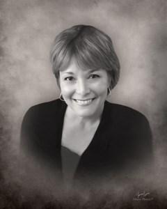 Lesli Carol  Bullard