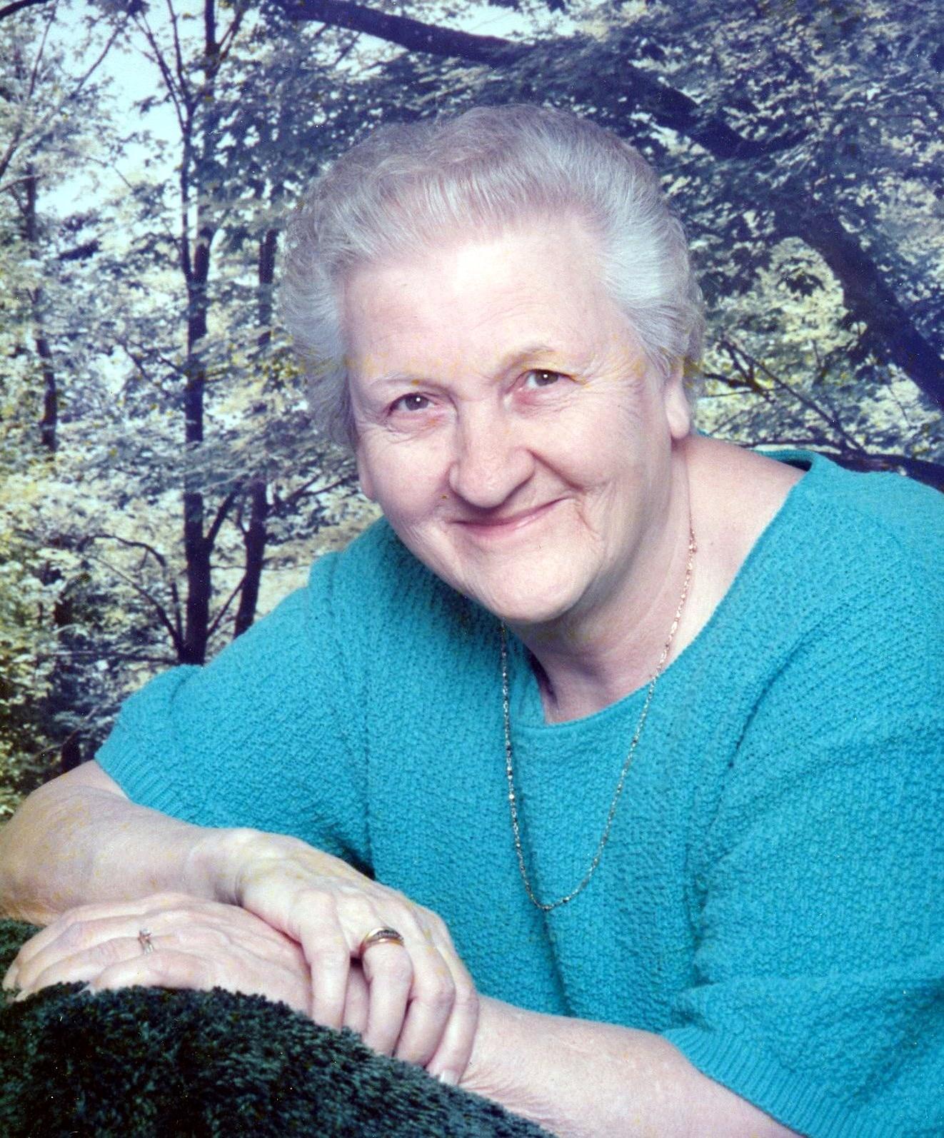 Isabelle J.  Hovanec