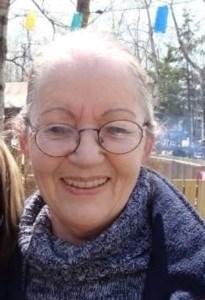 Gayle Maureen  Holmes