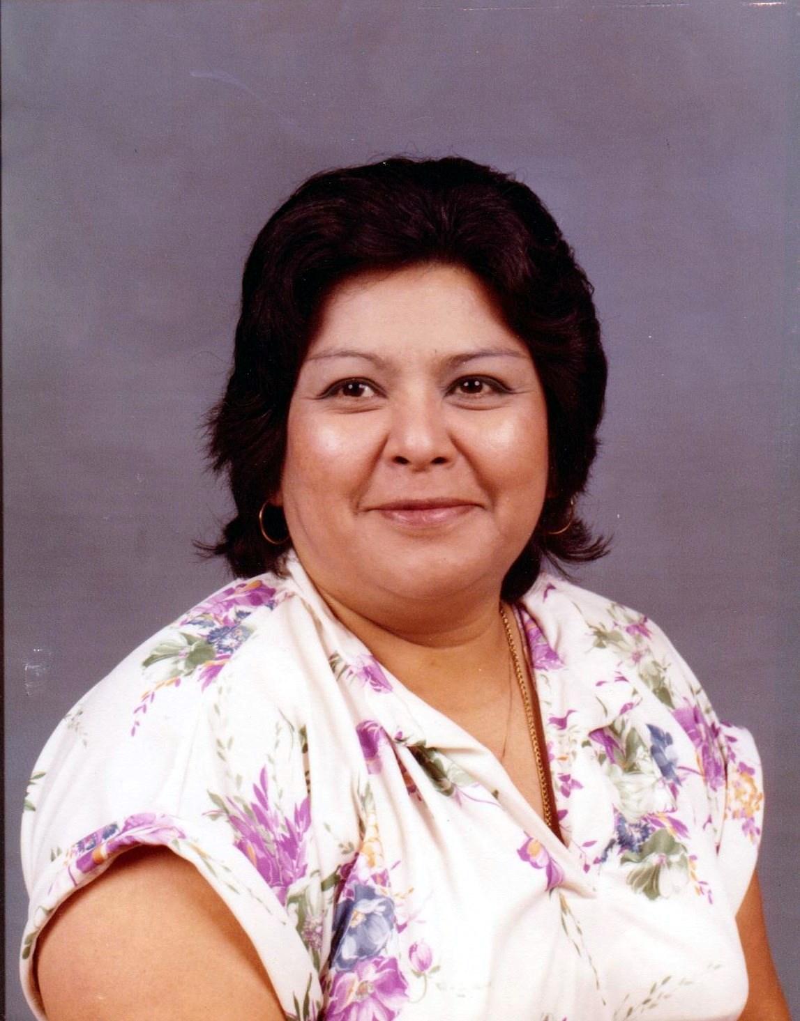 Adelaida G  Alabado