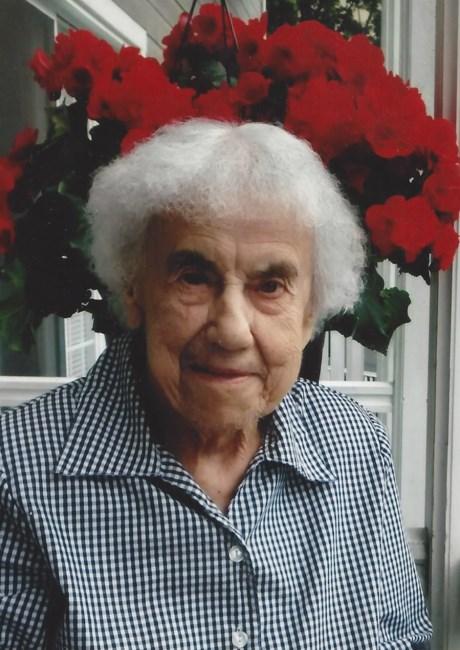 Verret,  Germaine Germaine--paradis--quebec-qc-obituary.jpg?crop=%288.452830188679245%2C6.041666666666666%2C248.75471698113208%2C345