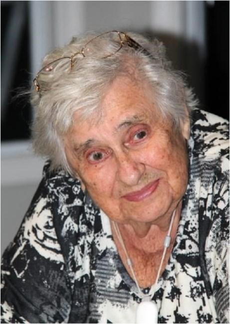 692bb3e5d82 Mary Dypchey Obituary - Surrey