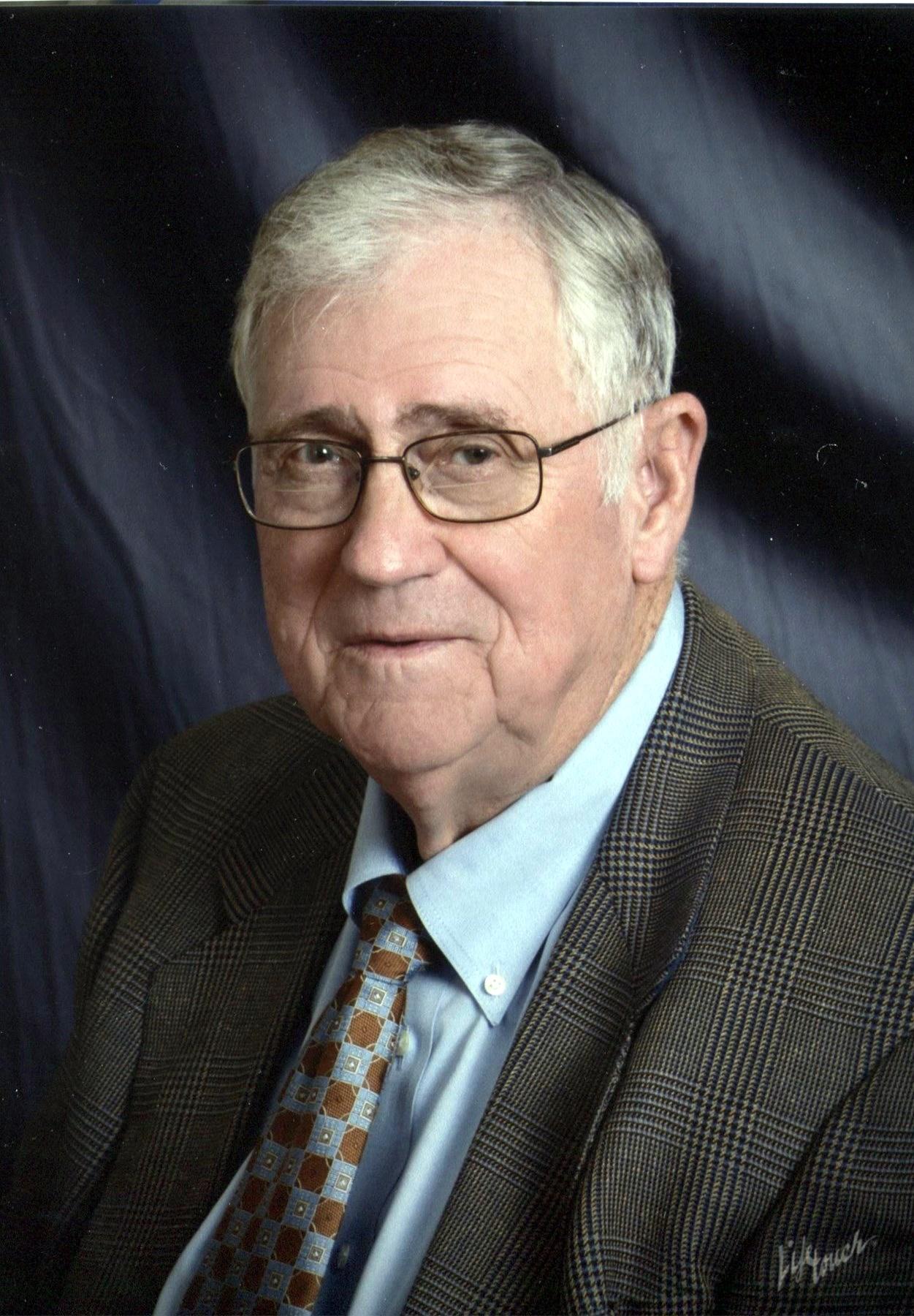 Joe Edward  Biggerstaff
