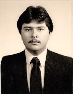 Carlos  Navarro Jr.