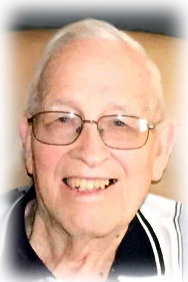 Eldred L. (Pete)  Petersen
