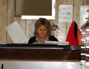 Susan E.  Schutter