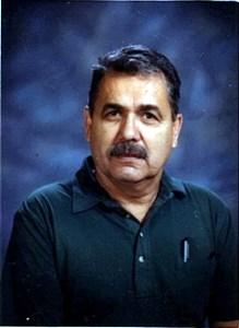 Oscar  Reyes Sr.