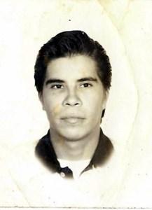 LUIS  MACHADO