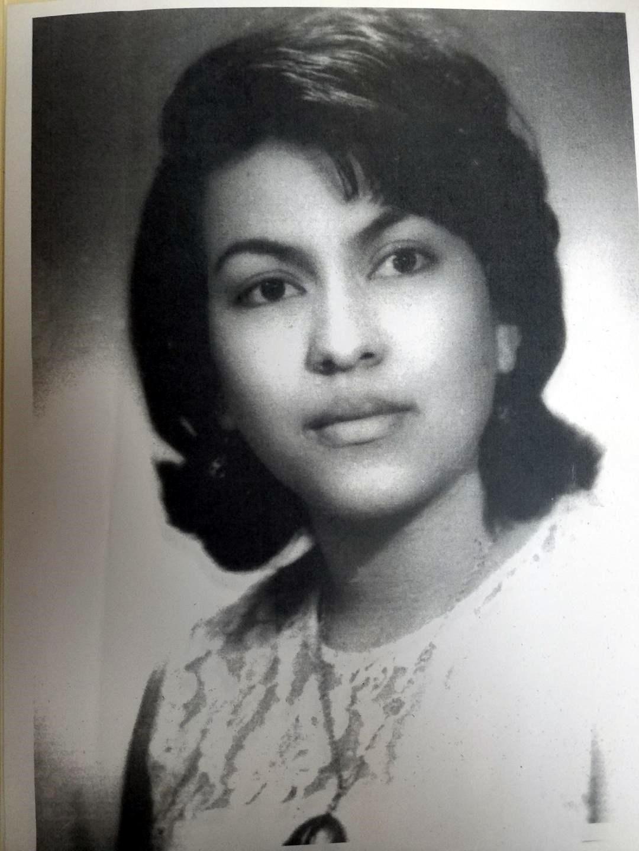 Alba Luz  Reyes