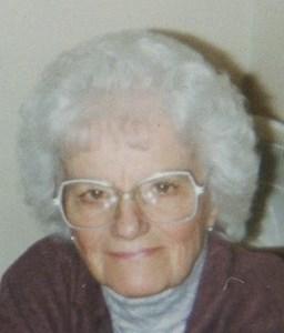 Loretta Celina  Roos