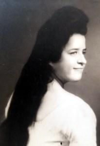 Gloria R.  Tovar