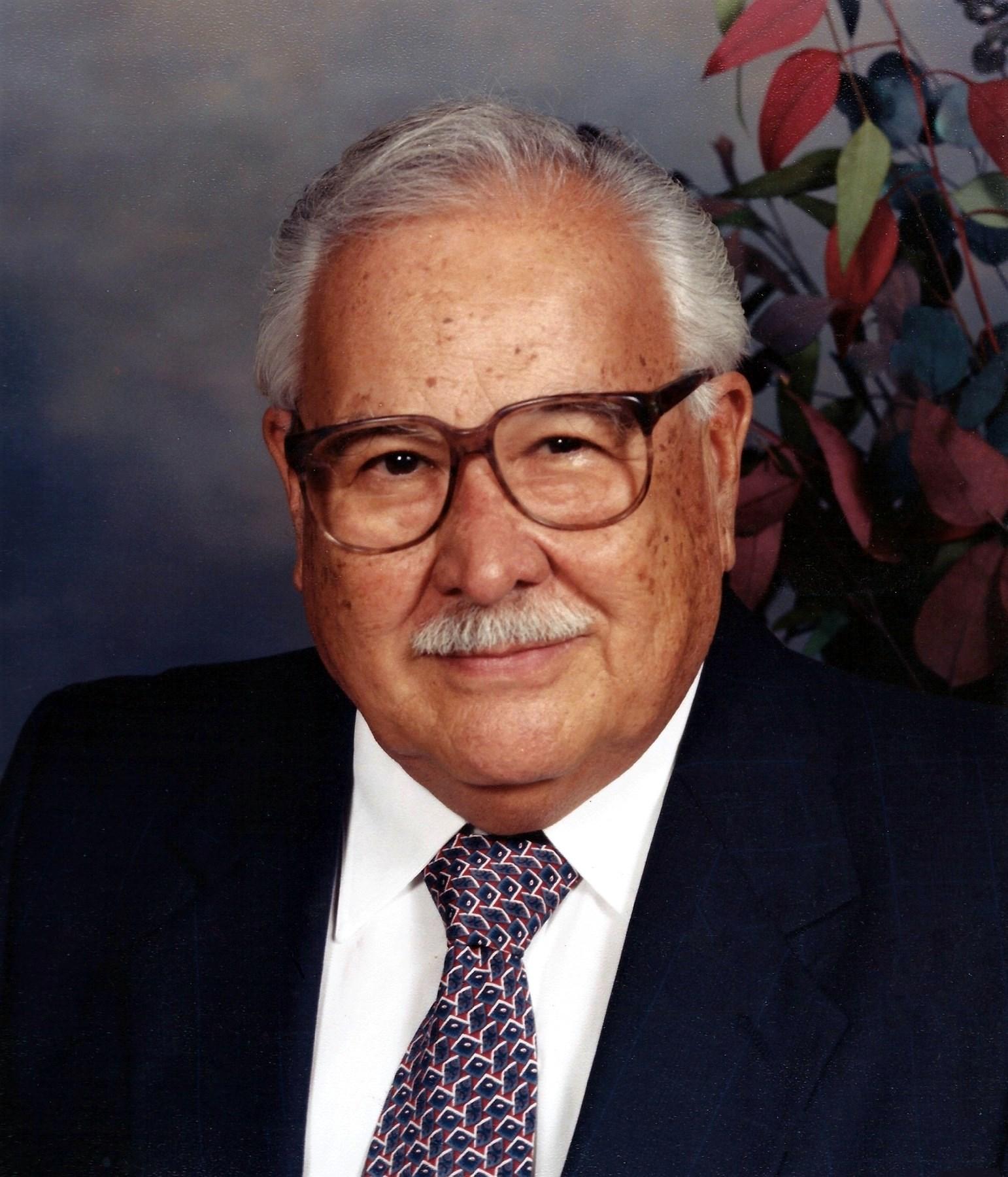 Cesar Pena  Velasco Cuellar