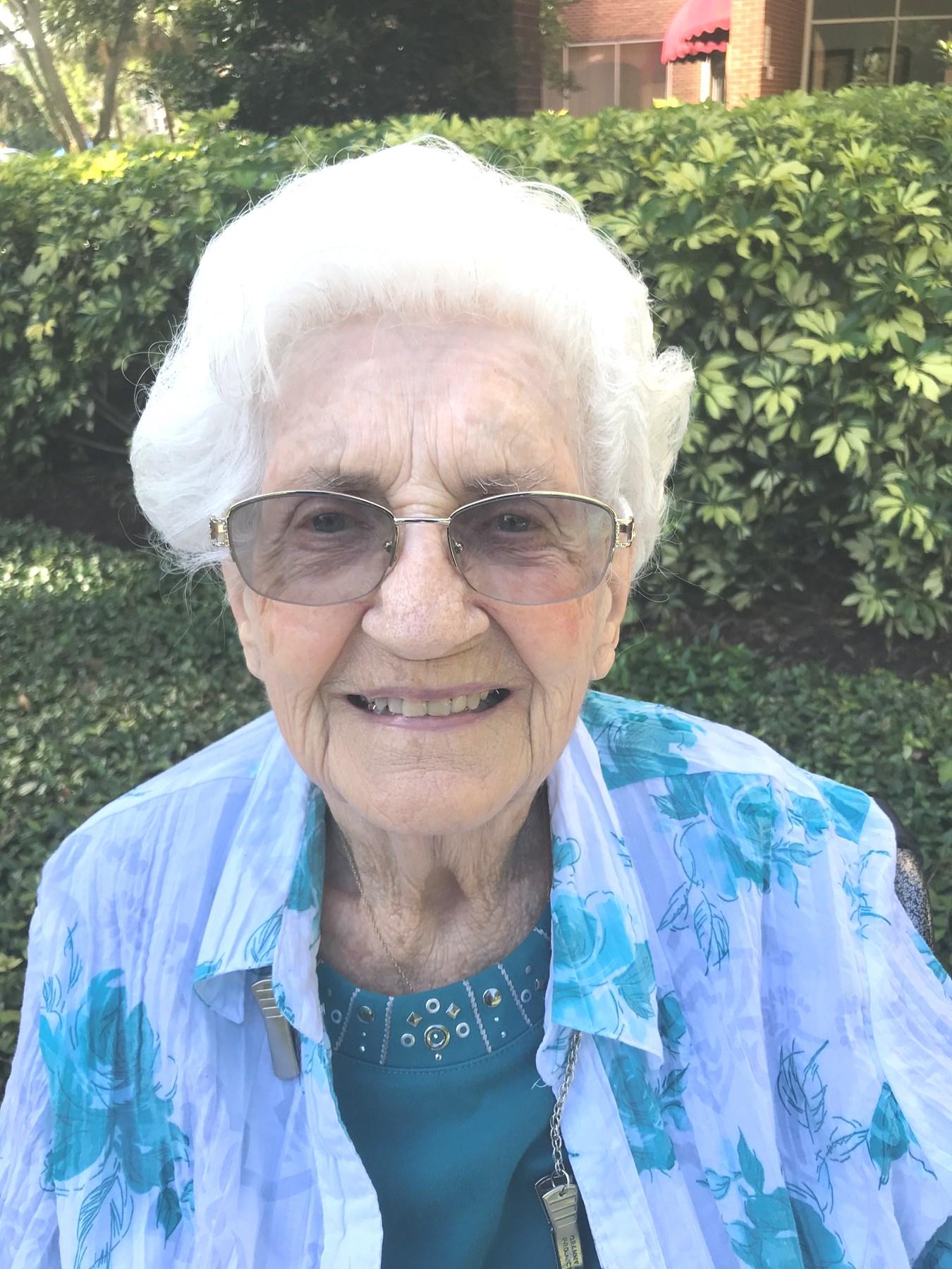 Betty Jean  Sandhagen