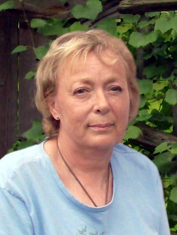 Lynn  Leckie