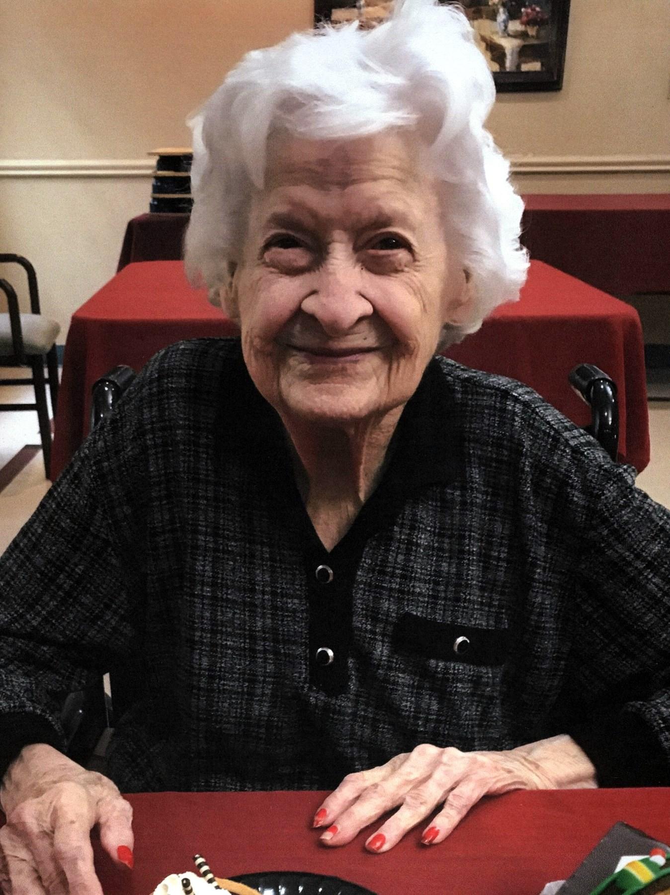 Lillian  English