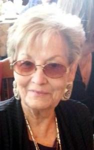 Petra  Lozano