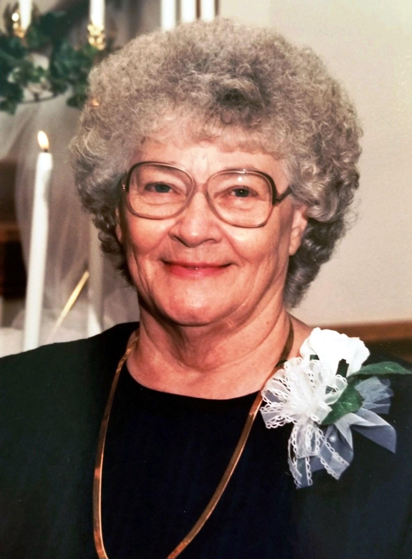Helen Chloe  Hendrix