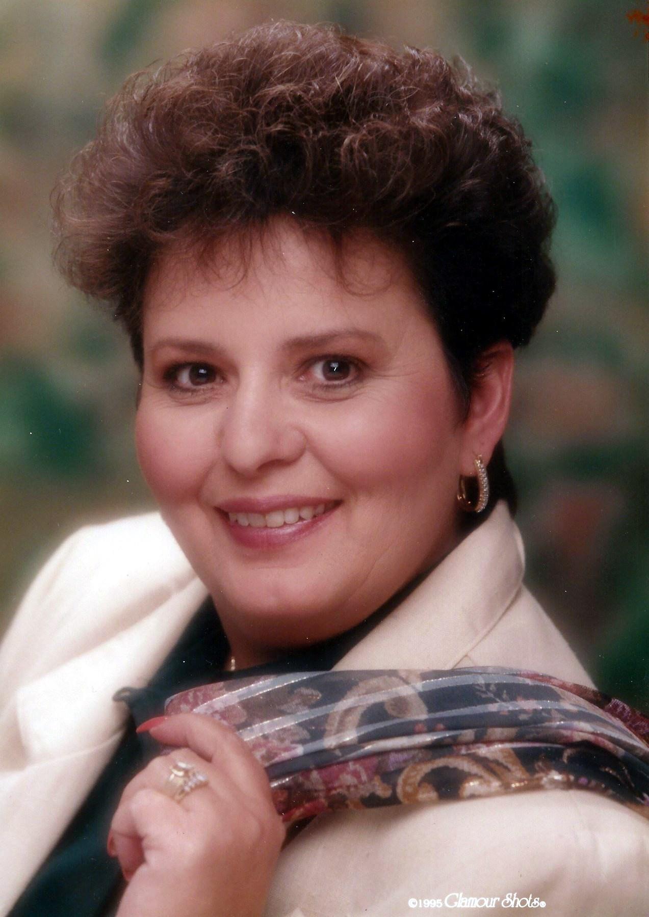 Linda Jo  Magda