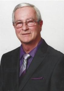 Robert  Brochu