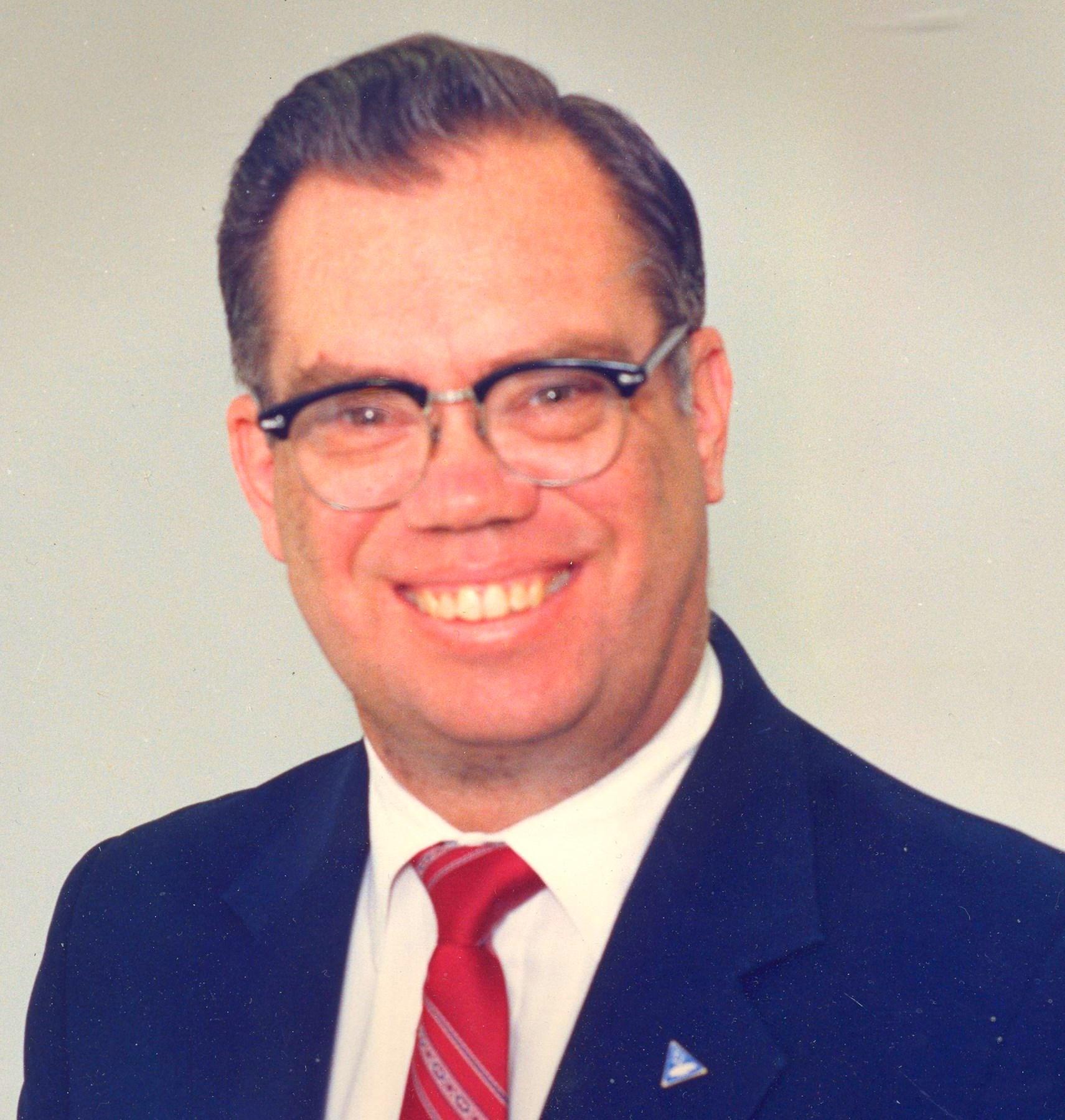 Floyd Leon  Rutledge Jr.
