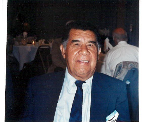 Manuel G.  Leon