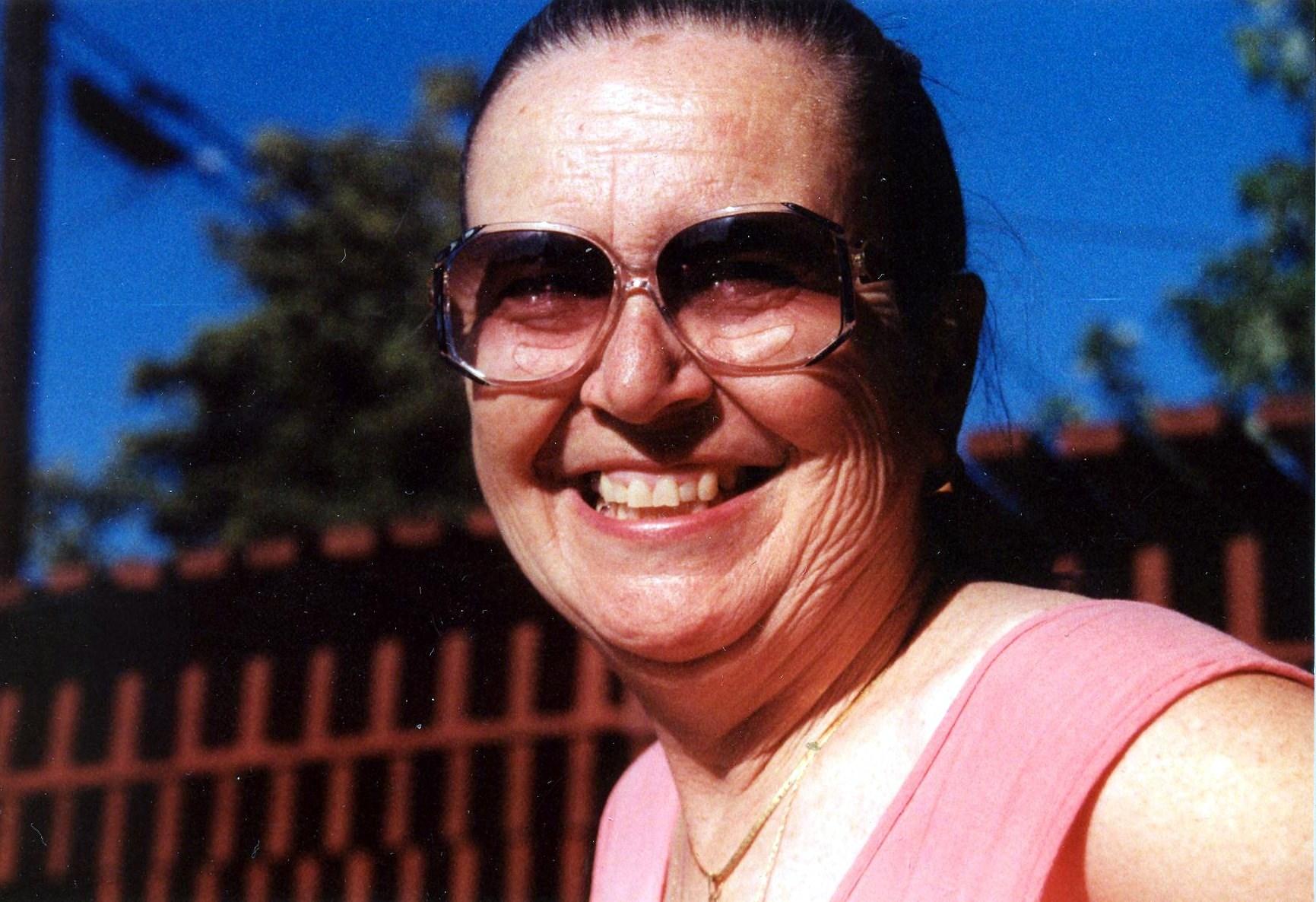 Linda C.  Lyons
