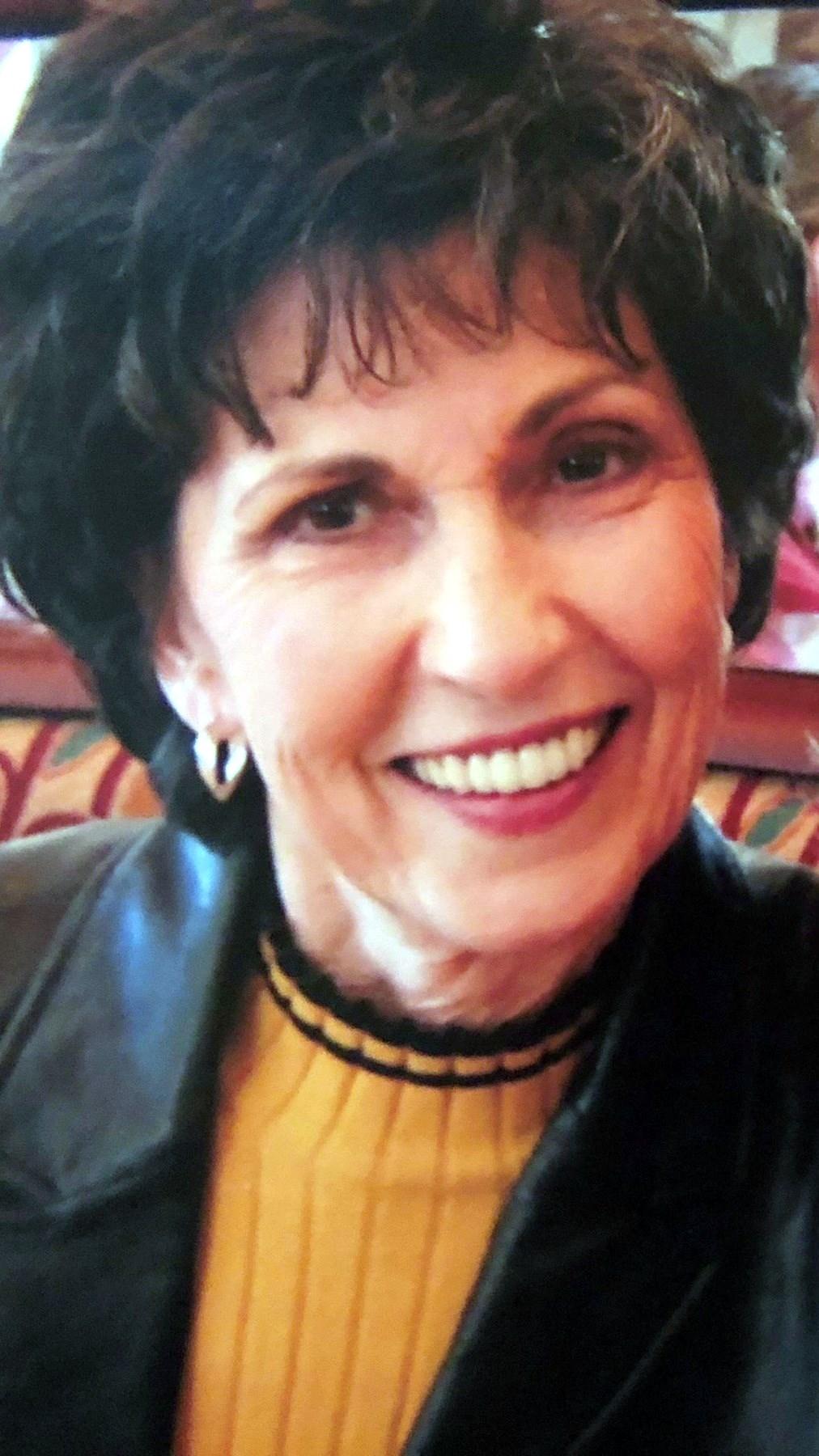 "Mrs. Shirley ""Shirl"" Jean  Lewis"