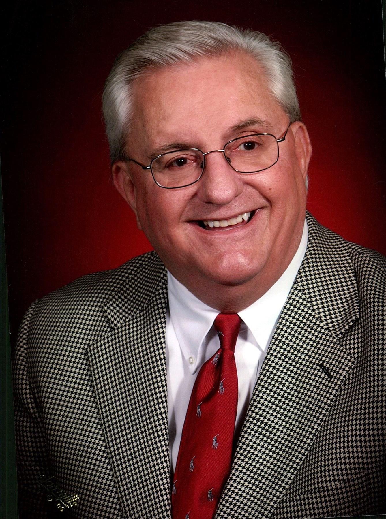 Robert Thomas  Underwood