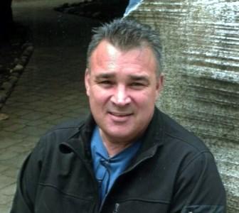 Denis Bryan  Zeeb
