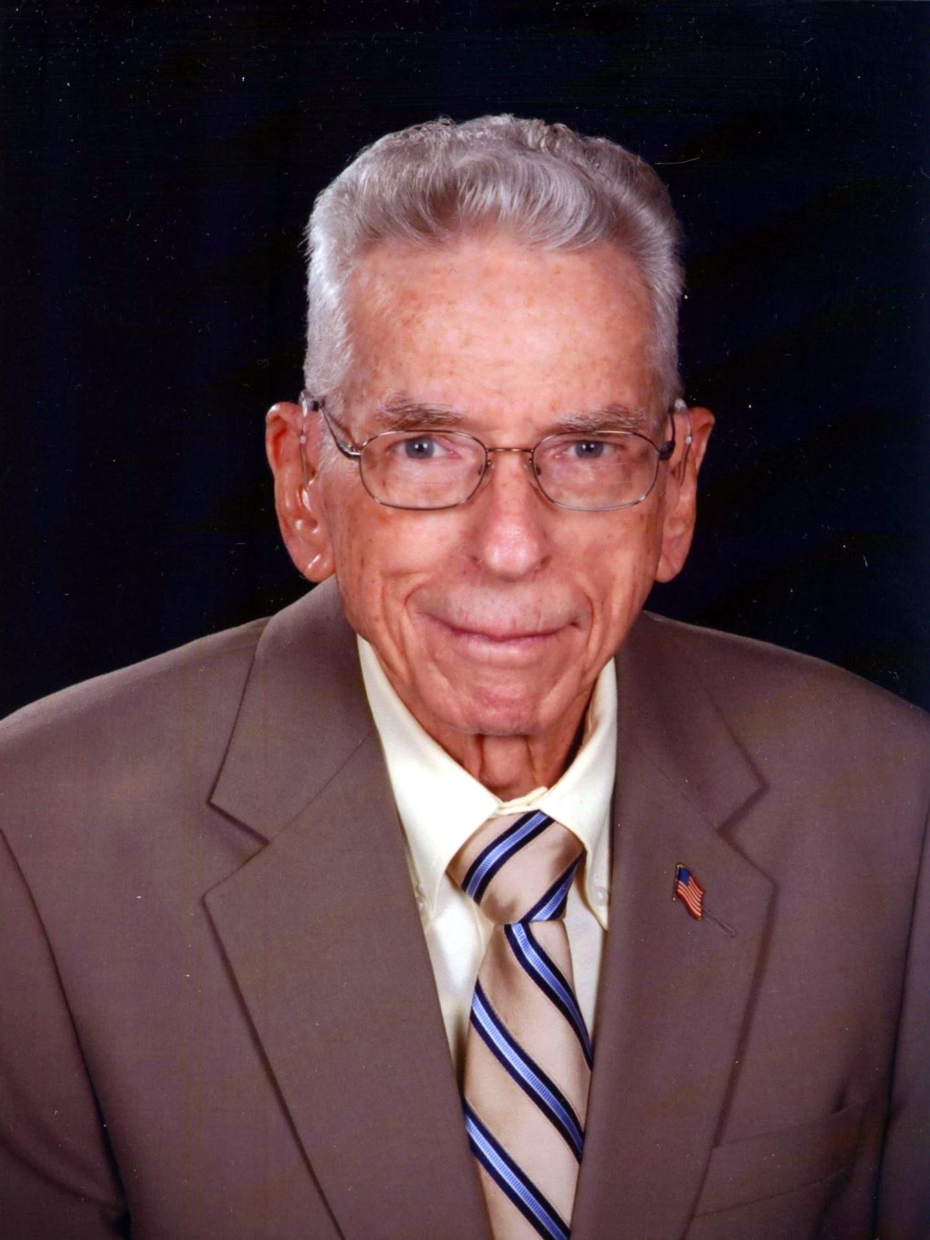 Robert Manly  Bennett