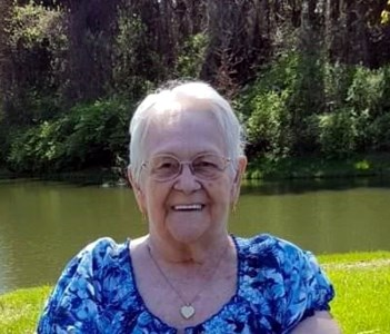 Betty  Lowrie-Domineck
