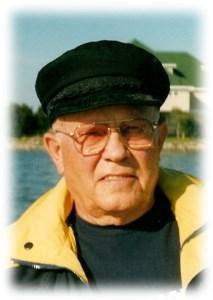 Warren James  Howarth