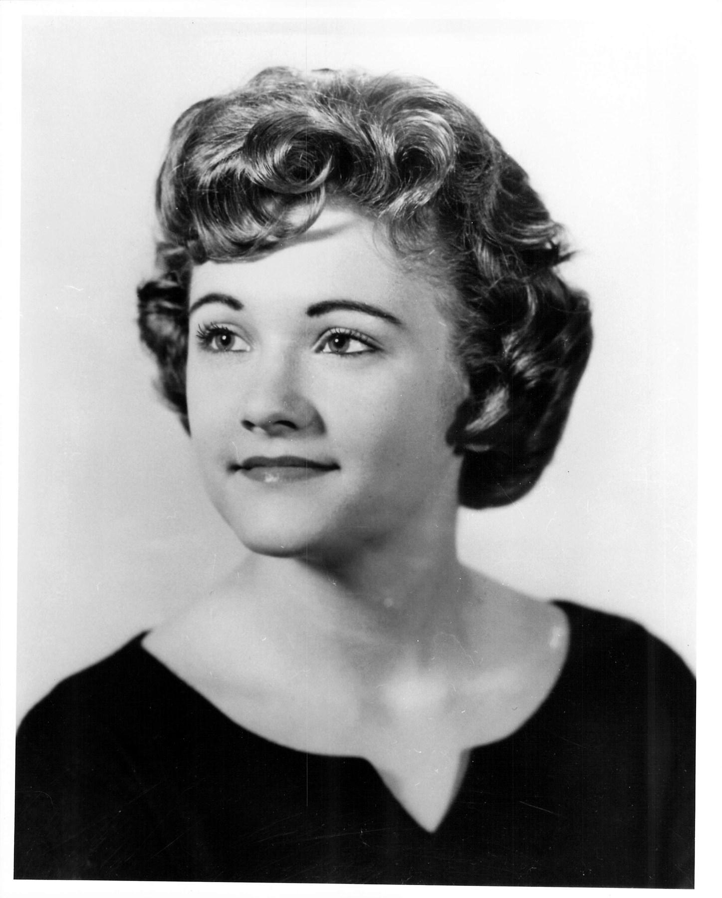 Lynnea Kay  Woodward