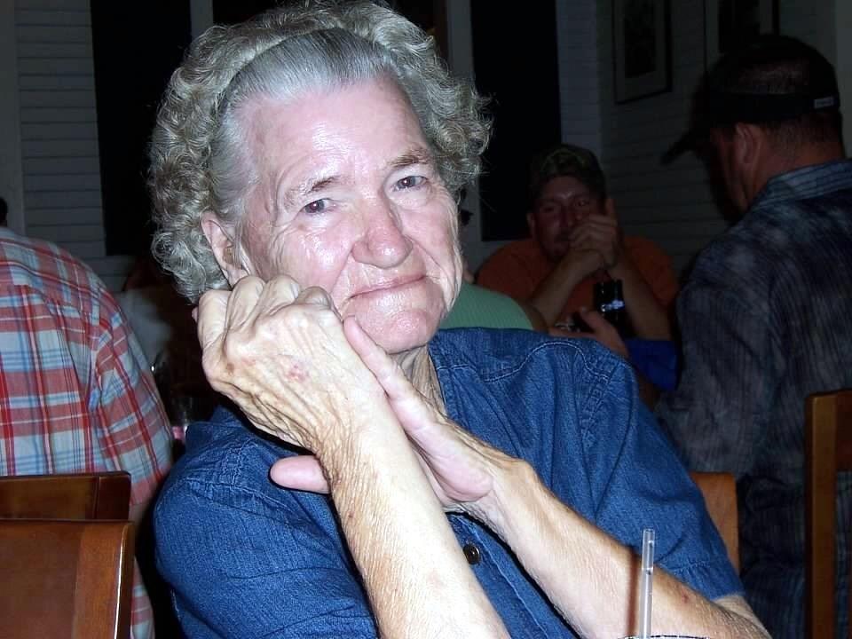 Mrs.  Lubell  Ashton