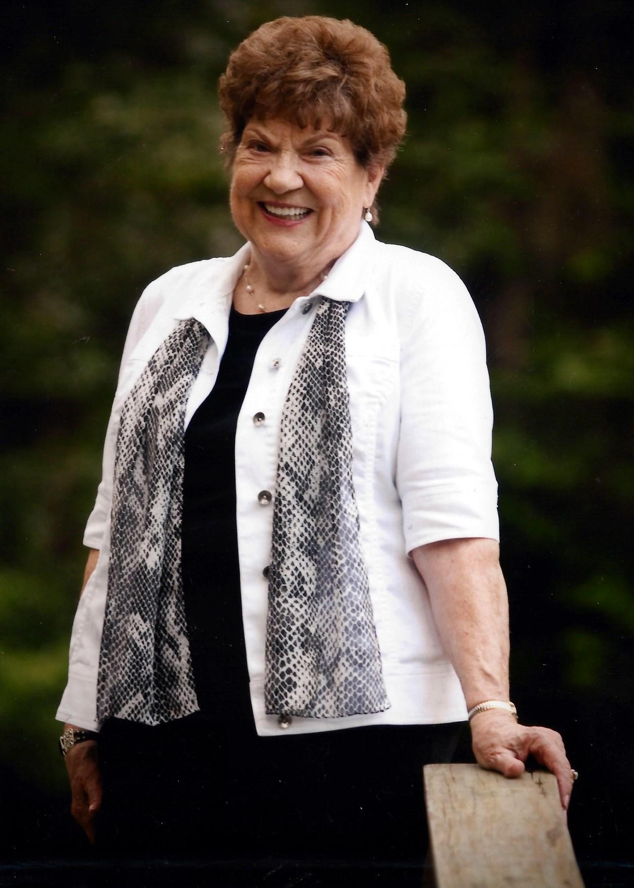 Mary Faye  McKenna