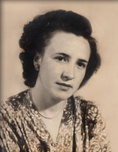 Maria Manuela  Silva