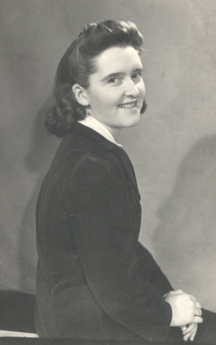 Virginia Bryant Nude Photos 66