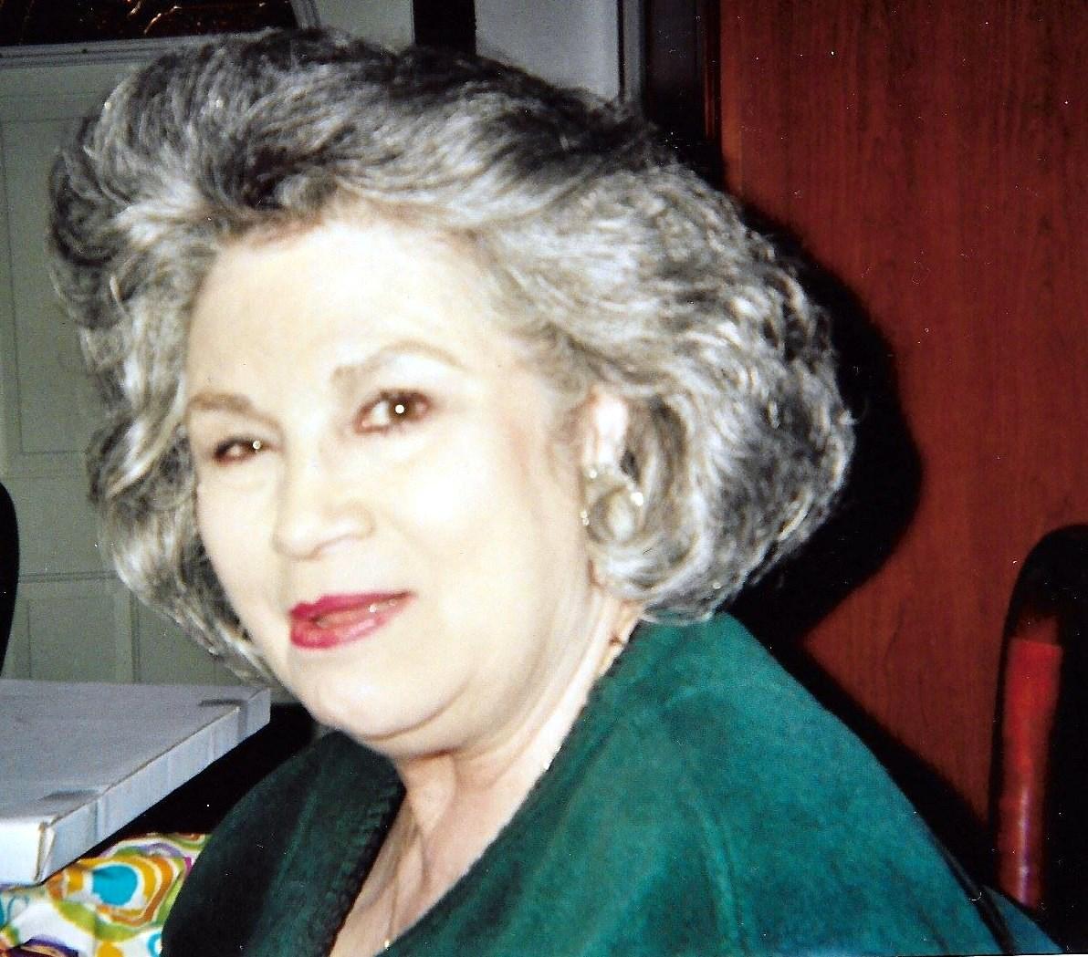 Vicki Allen  McLemore