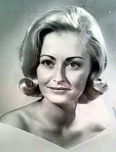 Maureen  Barrett